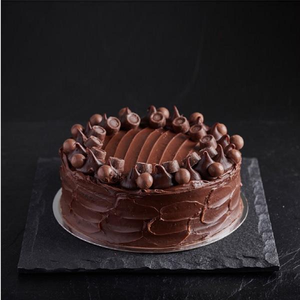 Choccy Treat Cake